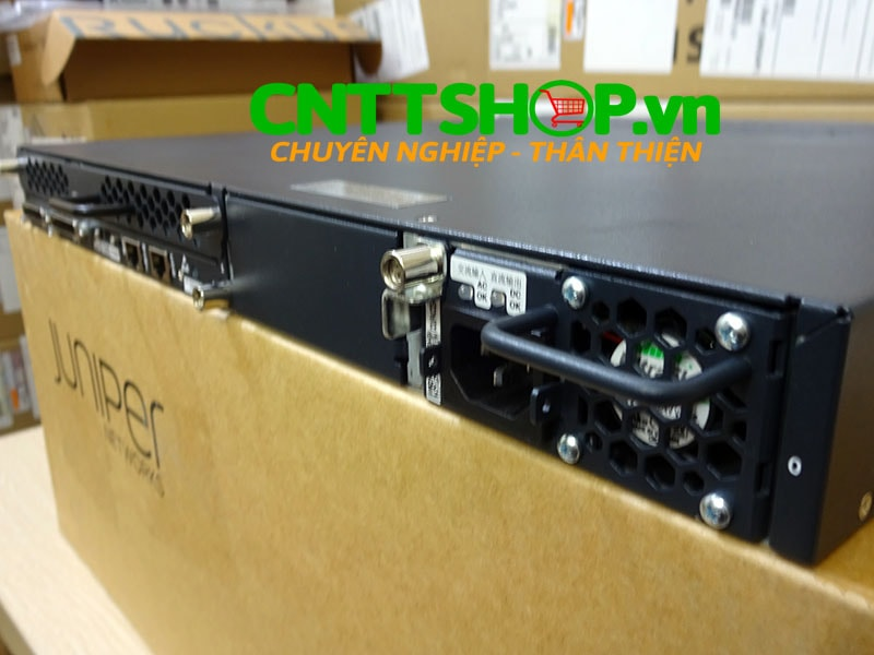 EX4200-24T Switch Juniper 24 Port GE (8-ports PoE) 320WAC PSU   Image 10