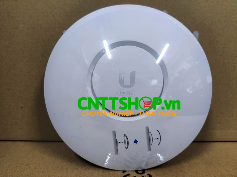 Unifi 6 Lite Access Point.